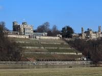 Dresden Schloss Eckberg, links daneben Lingner Schloss im Februar 2013