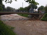 Hochwasser Vereinigte Weißeritz am Emerich-Ambros Ufer in Dresden am 02.06.2013