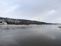 Dresden Blick von Brücke blaues Wunder nach rechts zum Fernsehturm